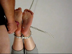 Toes TICKLE TORTURE &..